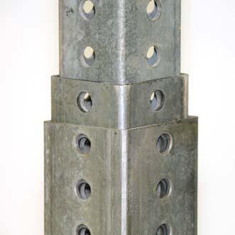 Poteau carré avec manchon et stabilisateur